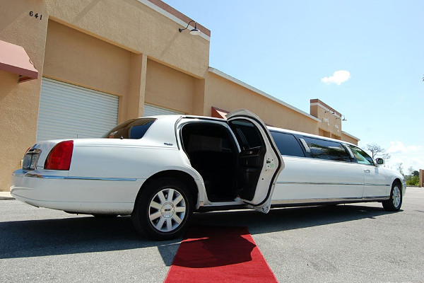 Scottsdale Lincoln Limos Rental
